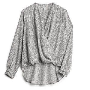 NWT badgley mischka krissie surplice blouse
